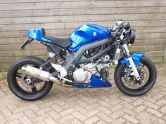 Suzuki SV1000 Cafe Fighter Custom