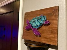 Brand new item sea turtle string art! Available at Horse and Carriage Co on Etsy Arts And Crafts For Teens, Paper Crafts For Kids, Hobbies And Crafts, Diy And Crafts, String Wall Art, Nail String Art, String Art Templates, String Art Patterns, Doily Patterns