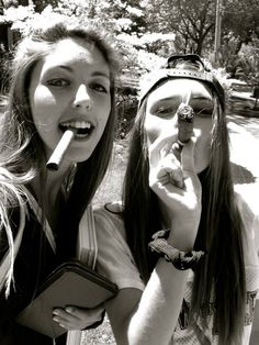Chicks and cigars Cigars And Women, Women Smoking Cigars, Smoking Ladies, Cigar Smoking, Cigars And Whiskey, Good Cigars, Pipes And Cigars, Whisky, Smoking Is Bad
