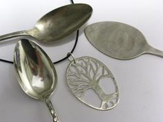 Unique genealogy gifts for the genealogist in the family. Here are some gift suggestions for the genealogist on your list. Jewelry Crafts, Jewelry Art, Handmade Jewelry, Jewelry Design, Fork Jewelry, Metal Jewelry, Spoon Art, Fork Art, Silverware Jewelry