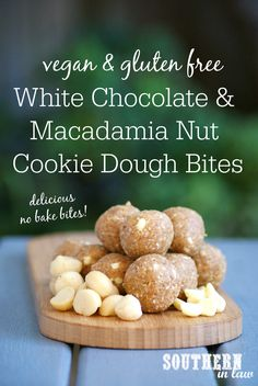 Vegan White Chocolate and Macadamia Nut Cookie Dough Bites - raw, vegan, gluten free, sugar free, healthy Vegan White Chocolate, White Chocolate Macadamia, Nut Recipes, Lunch Box Recipes, Flour Recipes, Desert Recipes, Recipies, Chocolate Protein Balls, Dental