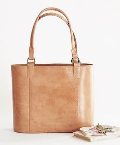 Sixties style leather bucket bag - 20 off