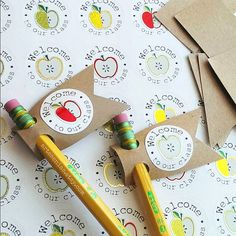 Cute pencil toppers are a simple and thrifty way to greet new friends! Get the b… Cute pencil toppers are a simple and thrifty way to greet new friends! Get the back to school season started right 😉 Available exclusively… Continue Reading → Pencil Topper Crafts, Pencil Toppers, Student Gifts, Teacher Gifts, Welcome To Class, Welcome Back To School, Preschool Crafts, Crafts For Kids, Tarjetas Diy