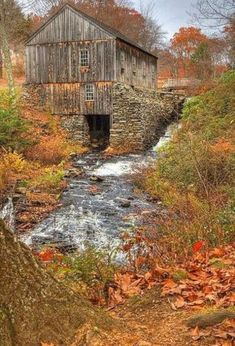 I love old barns and old bridges in the fall. by Kalison I love old barns and old bridges in the fal Farm Barn, Old Farm, Country Barns, Country Life, Country Living, Country Roads, Old Bridges, Barn Pictures, Country Scenes