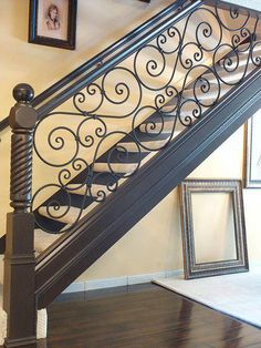 Terrific Totally Free Wrought Iron banister Popular Residence decorating along with wrought iron is just as strong now as being the wrought iron steel itself. Wrought Iron Stair Railing, Wrought Iron Decor, House Gate Design, Door Gate Design, Stairs Balusters, Banisters, Balcony Railing Design, Staircase Design, Traditional Staircase