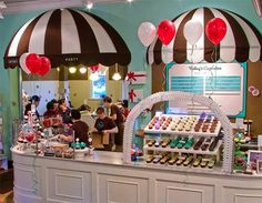 Wallingford Center Trophy Cupcakes. #PartyPerfectCupcakes #ThePartyStartsHere #TrophyCupcakes