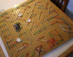 Geo board smart-kids-make-happy-mommy-s Motor Skills Activities, Sensory Activities, Craft Activities For Kids, Fine Motor Skills, Crafts For Kids, Craft Ideas, Play Ideas, Activity Ideas, Preschool Ideas