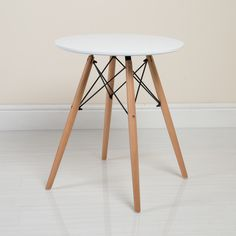 Bring a classic minimalist look to your kitchen or dining room with this Charles Eames inspired table from Abreo. #abreo #table #diningtable #table #scandinavian http://abreo.co.uk/dining-room-furniture/charles-eames-style-dining-table-in-white-60cm