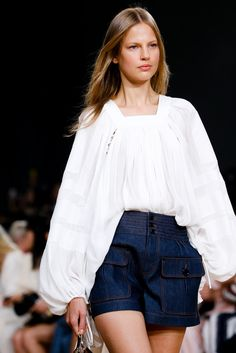 Chloé Spring 2015 Ready-to-Wear Fashion Show Details