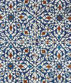 Azulejaria com arabescos   século XIV.