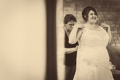 Bride sees herself in the mirror for the first time!