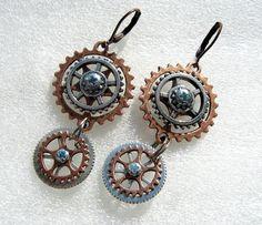 zuKa_sunny / cesta v čase Sunnies, Gears, Steampunk, Drop Earrings, Handmade, Etsy, Jewelry, Inspiration, Hampers