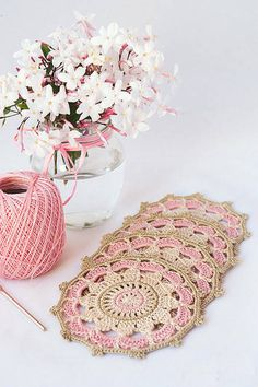 I finished these pink vintage crochet mandalas last spring, but have not found time to show you them until now. Crochet Mandala Pattern, Crochet Circles, Granny Square Crochet Pattern, Crochet Squares, Crochet Stitches, Crochet Patterns, Dress Patterns, Crochet Home, Knit Crochet