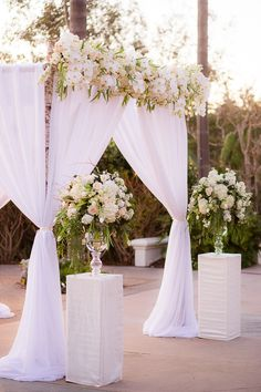 Cheap wedding arch decoration ideas page 1 diy wedding arch with photography the youngrens theyoungrens read more on smp httpstylemeprettycalifornia weddingscarlsbad20160316 junglespirit Choice Image