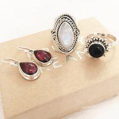 Blood Moon - Garnet & Sterling Silver Drop Earrings – Druzy Dreams