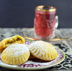 Maamoul -=- Pistachio Filled Lebanese Cookies, Heavenly !! ♥༻