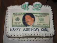 I MADE THIS CAKE FOR MY BOYFRIEND WHO LOVES MONEY.  SO I SCANNED A 100 DOLLAR BILL AND INSERTED HIS PICTURE IN PLACE OF BEN AND SCANNED IT ONTO AN EDIBLE WAFER. HE LOVED IT COULDN'T BELIEVE HIS FACE WAS ON A 100 DOLLAR BILL.