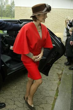 Princess Alexandra Alexandra Manley, Princess Alexandra Of Denmark, Princesses, Royals, Leather Skirt, Queens, Watch, Lady, Skirts