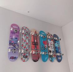 Aaahhhh the mang one! ♥ (the first one) Skateboard Skateboard Deck Art, Skateboard Design, Ideas Decorar Habitacion, Mochila Do Bts, Army Room Decor, Estilo Harajuku, Kpop Merch, Skater Girls, Kpop Aesthetic
