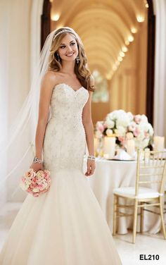 beaded form fitting lace vintage trumpet wedding dress so beautiful designer bridal gowns