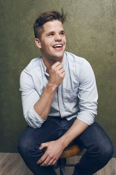 Charlie Carver photos, including production stills, premiere photos and other…