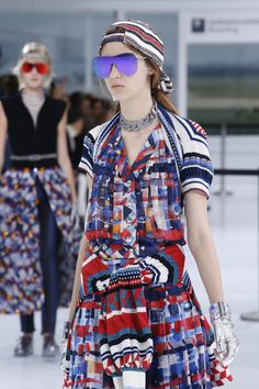 Chanel Spring 2016 Ready-to-Wear Collection - Vogue