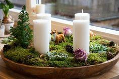Christmas Advent Wreath, Scandinavian Christmas, Christmas Tree Decorations, Flower Decorations, Christmas Holidays, Christmas Crafts, Shiny Brite Ornaments, Xmas Ornaments, Winter Planter