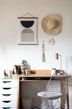 We've compiled this handy cheat sheet that runs through all of the major components that you'll need to address in order to design a productive and stylish home office. Take a look. #hunkerhome #homeoffice #homeofficeideas #homeofficeinspo #homeofficedecor