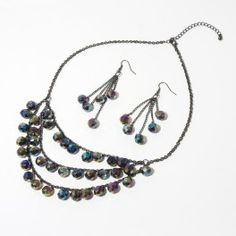 Necklace and earring set Size: Necklace - 48 cm Earrings - 7,5 cm