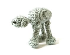 Crochet Star Wars AT-AT Walker. Im pretty sure I have to make this for my father in law.... LOL