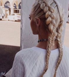 This french braid fishtail pigtail hair tutorial
