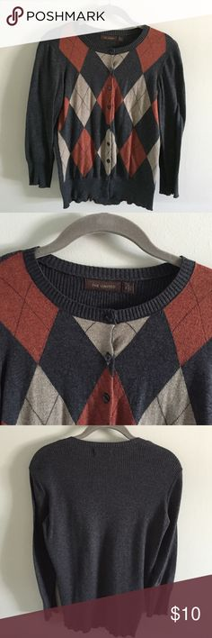 Argyle Front Sweater Shades of grays, rust and tan argyle in a 100% cotton cardigan with 3/4-sleeves. Great used condition. No pills, snags or holes. The Limited Sweaters Cardigans