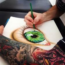 een heel erg mooie tekening van een oog! hij heeft oog voor kunst hihi :)