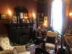 Home Decor Living Room Sherlock Holmes by Susan Aguilar Sherlock Holmes, Living Room Decor, Home Appliances, Victorian, Colours, London, Wood, Room Ideas, Home Decor