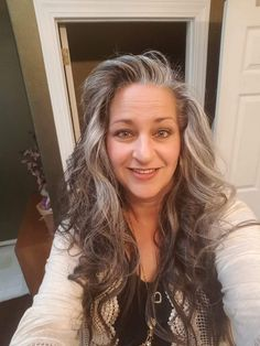 Gray hair don't care. Salt and pepper gray hair. - Gray hair don't care. Salt and pepper gray hair. - Best Picture For DIY Hair Care videos For Y Grey Hair Don't Care, Blonde Hair Care, Long Gray Hair, Ash Gray Hair Color, Grey Wig, Ash Grey, Gray Hair Highlights, Natural Highlights, Dark Curly Hair