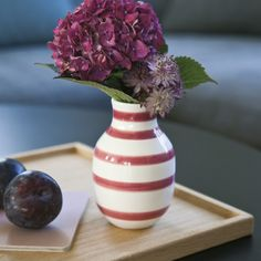Compliment the beautiful colour of the vase with the flowers of the season and welcome Kähler's new modern classic.