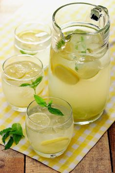 Citronáda Gin And Tonic, Summer Drinks, Mojito, Ham, Smoothies, Panna Cotta, Juice, Food And Drink, Menu