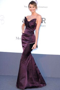 Stacy Keibler in Zac Posen at amfAR <--- Vogue 2931 would nail this!