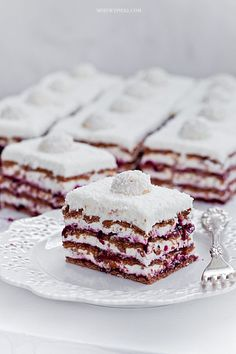 Coconut Cream & Blackcurrant Zebra No-Bake Cake