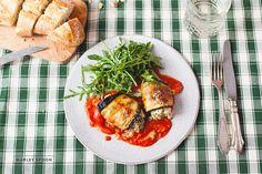 Auberginen-Cannelloni mit Ricotta-Basilikum-Füllung und Rucolasalat