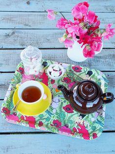 Wonderland Tray, perfect for Mad Hatter's Tea! Photo credit: MessyLa.com