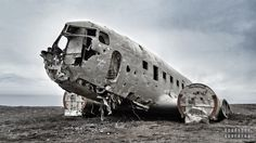 Photo by BradGrove A United States Navy Douglas Super airplane forced to land on Solheimasandur's black sand beach in the south of Iceland on Sat. Nov, after experiencing some severe icing. National Geographic Photography, National Geographic Photos, Photography Photos, Amazing Photography, Abandoned Amusement Parks, Shot Photo, United States Navy, Black Sand, Time Photo