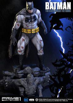 Prime-1 Dark Knight Returns Batman Statue