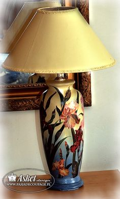 Техника декупаж большой лампы
