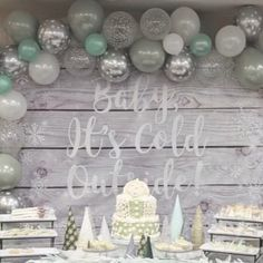 Baby Shower Decorations For Boys, Boy Baby Shower Themes, Baby Shower Fun, Bridal Shower Decorations, Winter Baby Shower Decor, Shower Party, Baby Shower Green, Baby Sprinkle Decorations, Jordan Baby Shower