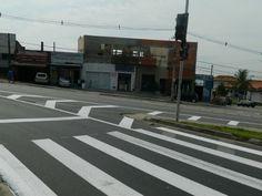 Trânsito - Av. Itavuvu ganha novos semáforos para travessia de pedestres +http://brml.co/1VNrZAr