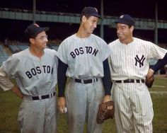Here are Ted Williams & the Brothers DiMaggio, in color, 1950: pic.twitter.com/wsUZblTYZ1