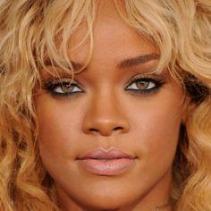 Rihanna....  What can I say?! Perfect MakeUp  #Rihanna #makeup