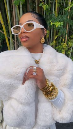 Swag Outfits For Girls, Girl Outfits, Cute Outfits, Fashion Outfits, Savage, Sunglasses For Your Face Shape, Bad And Bougie, Ray Bans, Pretty Black Girls