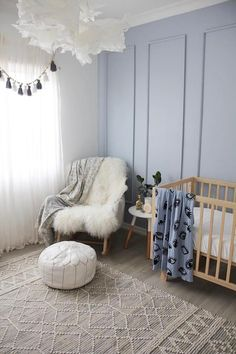 Esme Grey Tribal Pattern Wool and Hemp Flatweave Rug - Miss Amara (AU) Bedroom Colors, Home Decor Bedroom, Hamptons Style Bedrooms, Kmart Decor, Home Building Design, House Design, Bed Rug, Earthy Color Palette, Girl Room